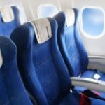 フライト旅行中、長距離を移動しているとなりやすい「エコノミークラス症候群」の豆知識